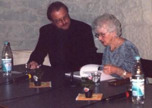 Der Historiker Dr. Hans Hesse mit Charlotte Tetzner im Holbornschen Haus